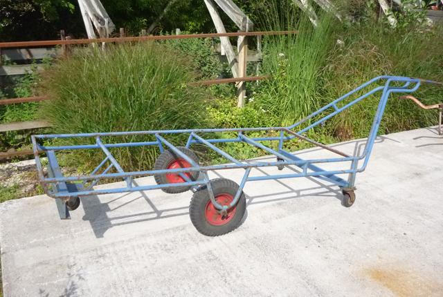 2-wielige platte wagen met zwenkwielen, 90 euro